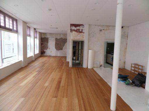 Isoleren dansstudio aan de Van Welderenstraat 113